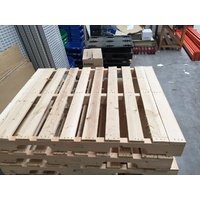 Pallets Clean Heat Treated